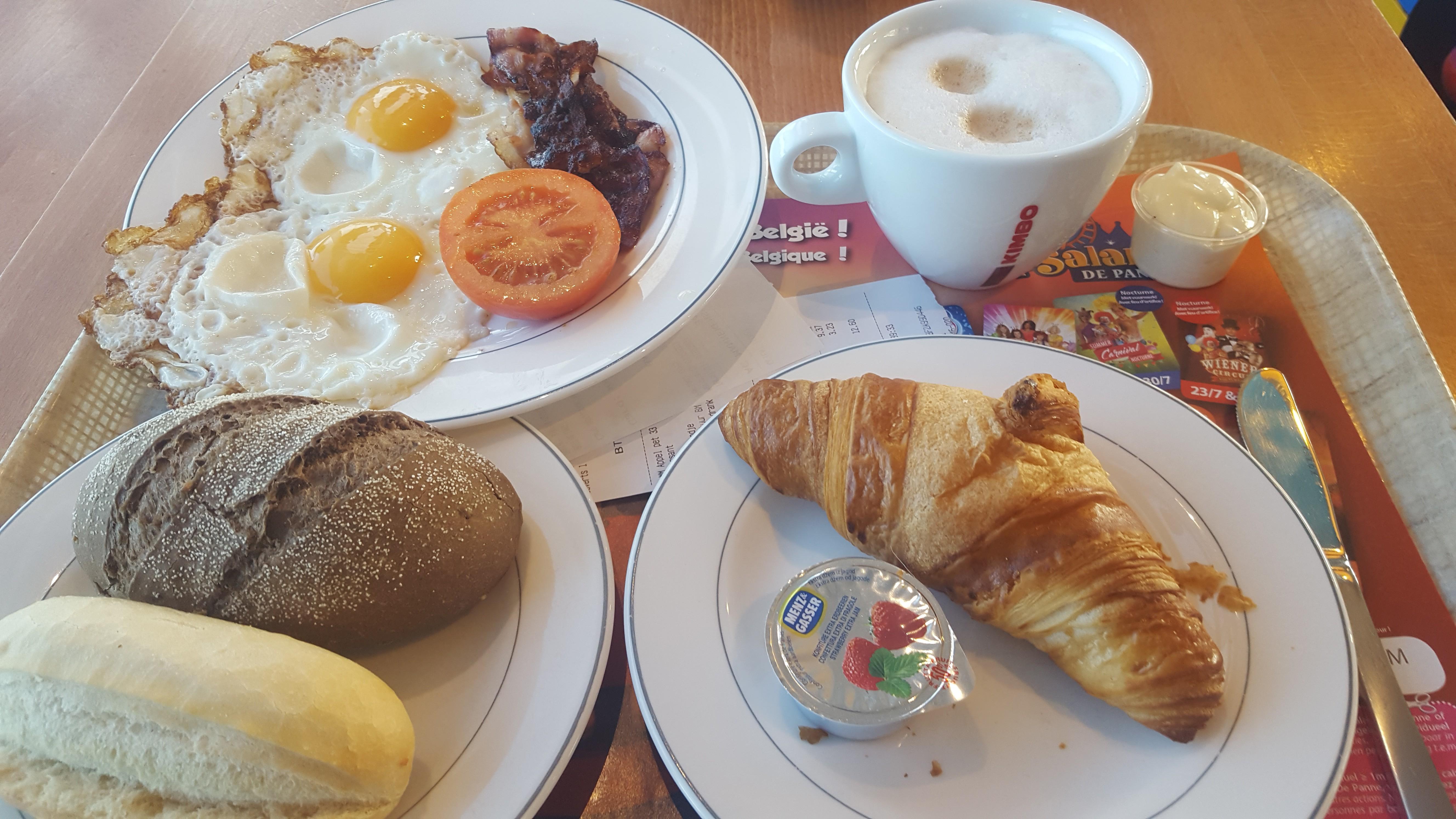 ontbijtje-in-mannekensvere